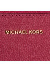 Różowa listonoszka Michael Kors