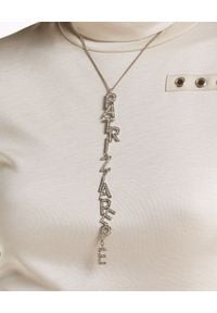 Patrizia Pepe - PATRIZIA PEPE - Naszyjnik z logo z kryształów. Materiał: srebrne. Kolor: srebrny. Wzór: napisy, aplikacja. Kamień szlachetny: kryształ