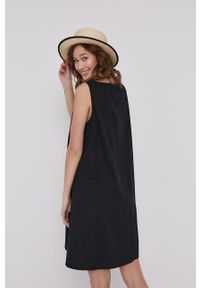 Czarna sukienka medicine mini, na co dzień
