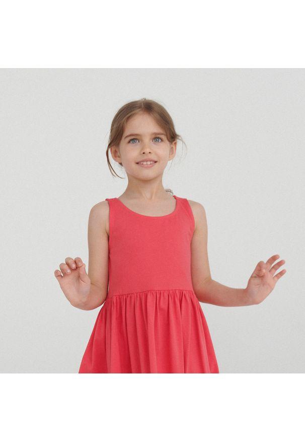 Reserved - Sukienka na ramiączkach - Pomarańczowy. Kolor: pomarańczowy. Długość rękawa: na ramiączkach