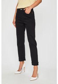 Czarne proste jeansy Levi's® na spotkanie biznesowe, biznesowe