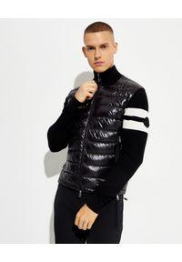 MONCLER - Czarna bluza z ociepleniem. Kolor: czarny. Materiał: puch, nylon, wełna. Długość rękawa: długi rękaw. Długość: długie. Wzór: paski