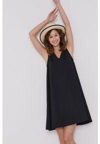 medicine - Medicine - Sukienka Essential. Kolor: czarny. Materiał: tkanina. Długość rękawa: na ramiączkach. Wzór: gładki