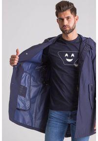 Emporio Armani - Granatowy wodoodporny płaszcz męski. Kolor: niebieski. Materiał: wełna #3