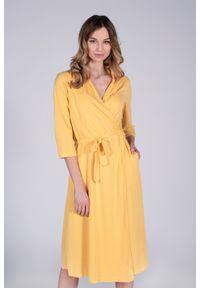 Żółta sukienka VEVA z kopertowym dekoltem, midi, kopertowa, w kolorowe wzory