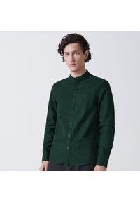 Cropp - Koszula ze stójką - Khaki. Typ kołnierza: kołnierzyk stójkowy. Kolor: brązowy