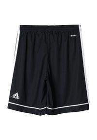 Adidas - Spodenki piłkarskie dla dzieci adidas Squaddra BK4772. Materiał: skóra, materiał, poliester. Technologia: ClimaLite (Adidas). Długość: krótkie. Wzór: aplikacja. Styl: klasyczny. Sport: piłka nożna
