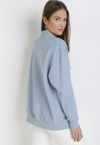 Niebieska bluza rozpinana Born2be