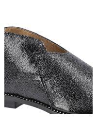 Dwunasty Shoes - Sandały DWUNASTY SHOES 3021 Czarny Gnieciony. Kolor: czarny