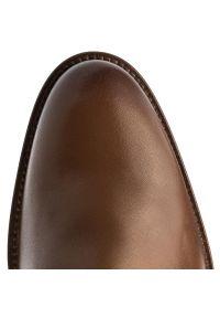 Brązowe buty wizytowe TOMMY HILFIGER eleganckie, z cholewką