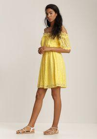 Renee - Żółta Sukienka Adramara. Kolor: żółty