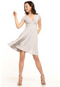 Szara sukienka rozkloszowana Tessita na lato
