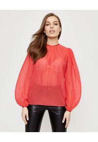 Elisabetta Franchi - ELISABETTA FRANCHI - Drapowana koszula z jedwabiu. Kolor: czerwony. Materiał: jedwab. Długość: długie. Styl: elegancki