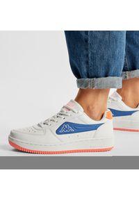 Kappa - Sneakersy KAPPA - Bash Pc 242783PC White/Blue 1060. Okazja: na spacer, na co dzień. Kolor: biały. Materiał: skóra ekologiczna, materiał. Szerokość cholewki: normalna. Sezon: lato. Obcas: na płaskiej podeszwie. Styl: casual