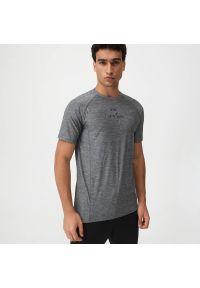 Sinsay - Koszulka sportowa SNSY PERFORMANCE - Jasny szary. Kolor: szary. Styl: sportowy