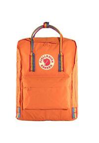 Czerwony plecak Fjällräven w paski