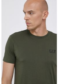 EA7 Emporio Armani - T-shirt. Okazja: na co dzień. Kolor: zielony. Materiał: dzianina, materiał. Wzór: gładki. Styl: casual