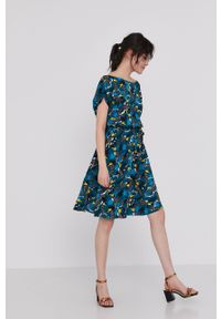 medicine - Medicine - Sukienka Commercial. Materiał: tkanina. Długość rękawa: krótki rękaw. Typ sukienki: rozkloszowane