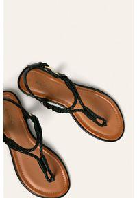 Czarne sandały Aldo bez obcasa, na klamry
