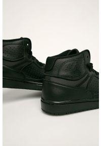 Czarne sneakersy Jordan z cholewką, z okrągłym noskiem, na sznurówki
