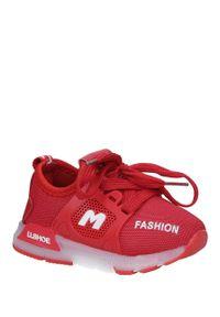 Casu - czerwone buty sportowe sznurowane casu 332. Kolor: czerwony