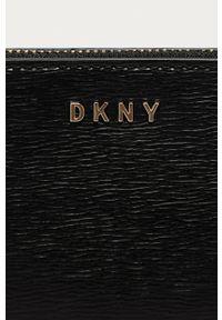 DKNY - Dkny - Portfel skórzany. Kolor: czarny. Materiał: skóra. Wzór: gładki