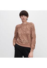 Beżowa bluzka Reserved w ażurowe wzory