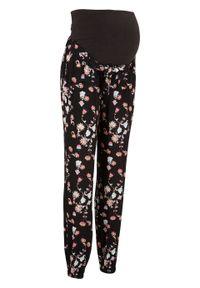 Spodnie ciążowe Loose Fit bonprix czarny z nadrukiem. Kolekcja: moda ciążowa. Kolor: czarny. Materiał: wiskoza. Wzór: nadruk