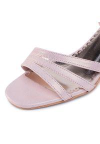 Różowe sandały R.Polański