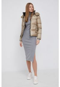 Calvin Klein Jeans - Sukienka. Typ kołnierza: golf. Kolor: szary. Materiał: dzianina, lycra. Długość rękawa: długi rękaw. Wzór: gładki. Typ sukienki: dopasowane
