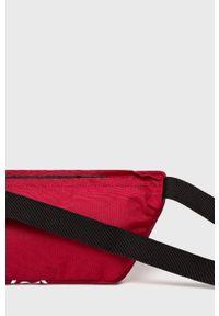 Czerwona nerka Levi's® w kolorowe wzory