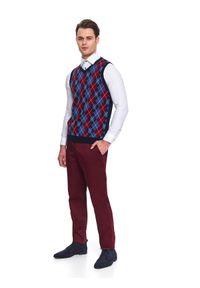TOP SECRET - Spodnie chino dopasowane. Okazja: na co dzień. Kolor: czerwony. Materiał: bawełna. Sezon: jesień, zima. Styl: casual, klasyczny #3