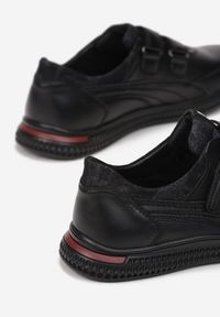 Born2be - Czarne Półbuty Eudolis. Nosek buta: okrągły. Zapięcie: rzepy. Kolor: czarny. Materiał: jeans, nubuk, skóra, syntetyk. Szerokość cholewki: normalna. Wzór: napisy, aplikacja