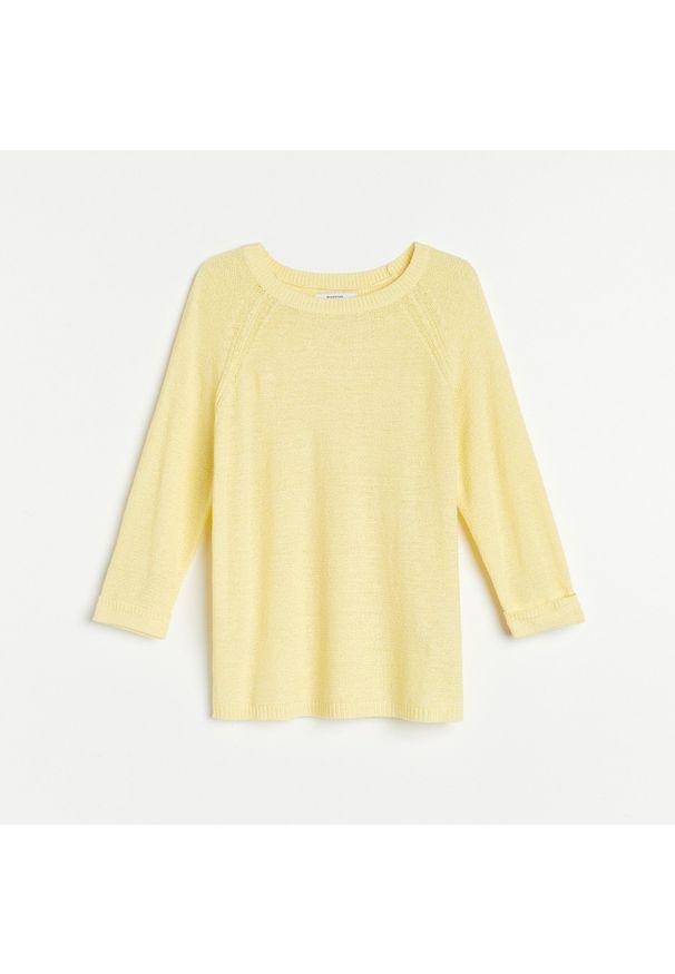 Żółty sweter Reserved raglanowy rękaw