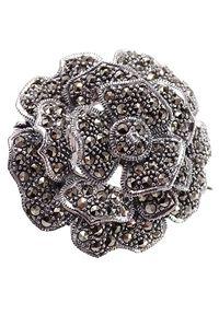 Braccatta - ROSSI Srebrna broszka z markazytami róża okrągła duża. Materiał: srebrne. Kolor: srebrny. Wzór: kwiaty, aplikacja. Kamień szlachetny: markazyt