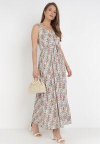 Born2be - Granatowo-Pomarańczowa Sukienka Pimene. Okazja: na co dzień. Kolor: niebieski. Materiał: tkanina, wiskoza, materiał. Długość rękawa: na ramiączkach. Wzór: kwiaty, aplikacja. Styl: casual. Długość: maxi