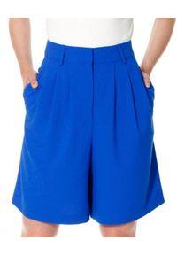 AGGI - Niebieskie szorty z jedwabiem Billie. Okazja: na co dzień. Stan: podwyższony. Kolor: niebieski. Materiał: jedwab. Wzór: gładki. Styl: elegancki, casual