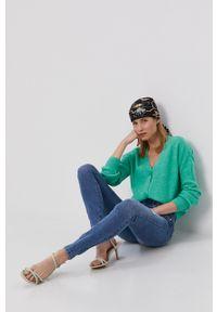 Vero Moda - Sweter. Kolor: zielony. Długość rękawa: długi rękaw. Długość: długie