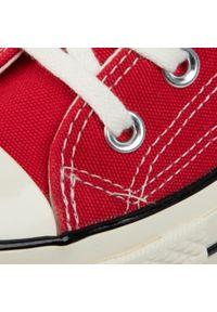 Czerwone trampki Converse z cholewką