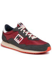 Czerwone sneakersy Helly Hansen