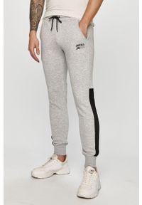 Szare spodnie dresowe Jack & Jones z aplikacjami