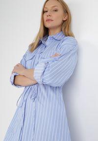 Born2be - Niebieska Sukienka Floralle. Kolor: niebieski. Długość rękawa: długi rękaw. Wzór: paski, aplikacja. Typ sukienki: koszulowe. Styl: klasyczny, elegancki. Długość: midi