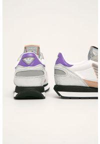 Białe buty sportowe Emporio Armani na obcasie, z cholewką, na średnim obcasie
