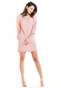 Różowa sukienka wizytowa Awama trapezowa, mini