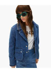 Kenzo - KENZO - Jeansowa marynarka. Typ kołnierza: kolnierz wykładany. Kolor: niebieski. Materiał: jeans. Długość rękawa: długi rękaw. Długość: długie. Styl: klasyczny