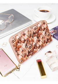 Brązowy portfel MILANO DESIGN w kolorowe wzory