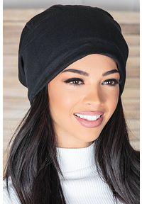 Czarna czapka IVET na zimę
