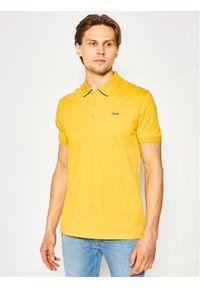 Hugo Polo Daruso202 50424126 Żółty Regular Fit. Typ kołnierza: polo. Kolor: żółty
