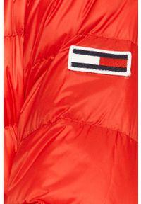 Czerwona kurtka Tommy Jeans bez kaptura