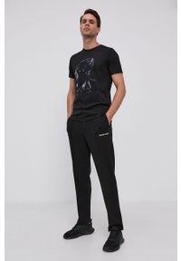 Emporio Armani - T-shirt. Okazja: na co dzień. Kolor: czarny. Materiał: dzianina. Wzór: nadruk. Styl: casual